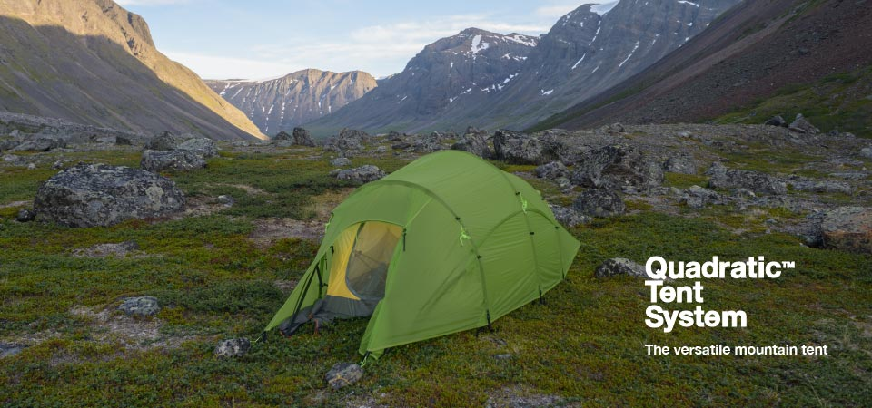 Quadratic Tent with open door, in valley